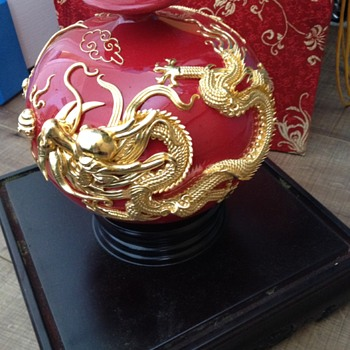 Chinese vase phoenix and dragon with gold leaf - Asian
