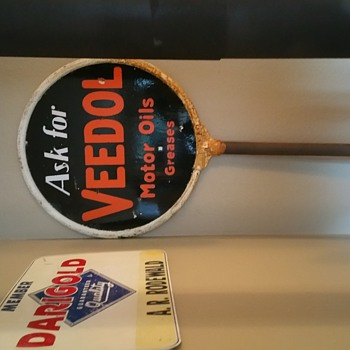 VEEDOL LOLLIPOP SIGN