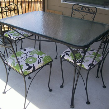 Salterini? 5 piece wrought iron patio table and chairs - Furniture