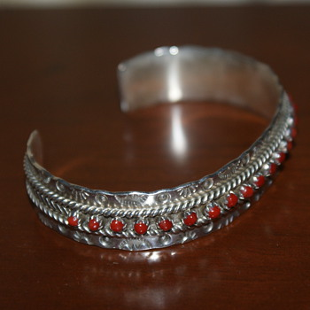 Zuni Petit Point Coral Sterling Bracelet - J P Ukestine - Native American