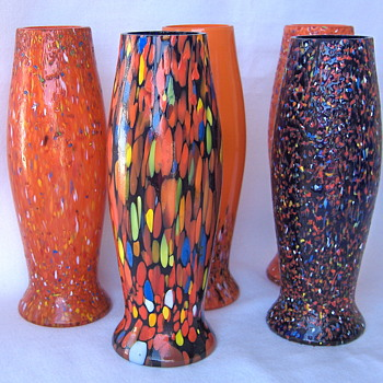 The CzechTango Collection Of Torpedo Vases Slowly Grows - Art Glass