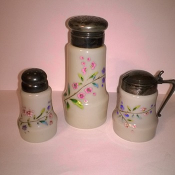 Unknown sugar shaker, salt shaker, and mustard
