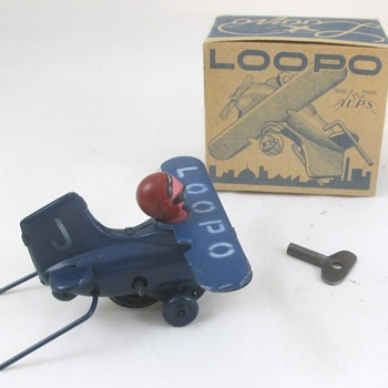 Loop Plane Wind Up - Toys