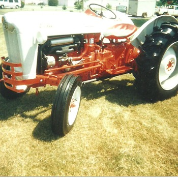 1957 800 Ford restored ...Jim Armstrong - Tractors