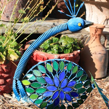 Wobbly Garden Peacock Made of Colored Glass and Tin - Art Glass