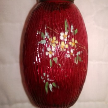 Mt Washington Bark Shaker in Cranberry - Art Glass
