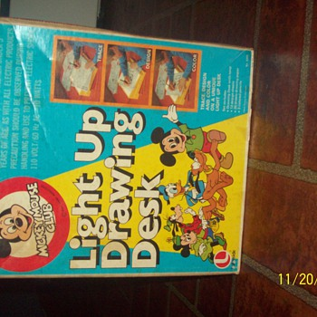 mickey mouse club light up drawing desk - Games