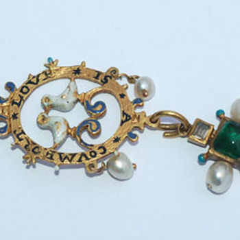 Love Token Pendant -- mid 17th century