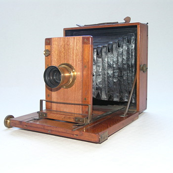Levi, Jones & Co. Ltd. | Maker | Tivoli | 1897 | Field Camera  - Cameras