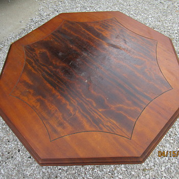 Vintage hall/lamp table - Furniture