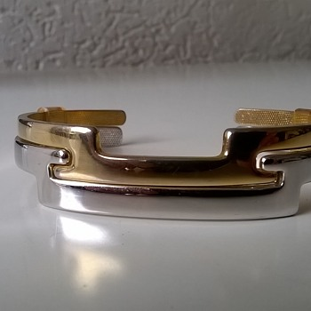 1977 Avon Ireland Counterparts Interlocking Cuff Bracelets, Flea Market Find, 50 cents - Costume Jewelry