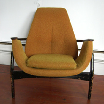  Canadian Mid Century Modern 3 Legged Chair