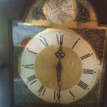 Rigdeway tempus fugit grandfather/grandmother clock unknown age? - Clocks
