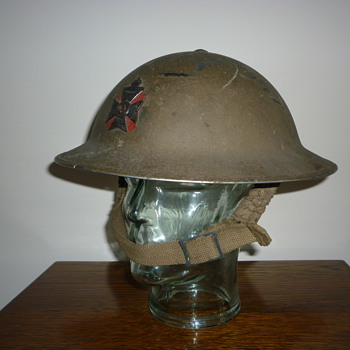 British WWII Officers steel helmet, KRRC (King's Royal Rifle Corps) - Military and Wartime