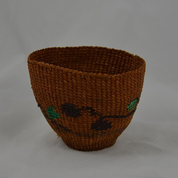Very Small Native Basket with Color