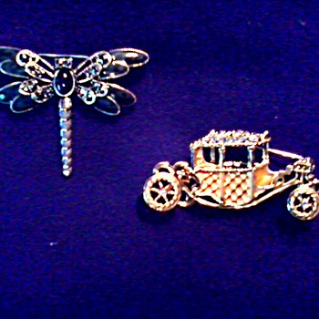 Vintage Brooches /Dragonfly and Cinderella's Coach/ Signed/ Circa 20th Century - Costume Jewelry