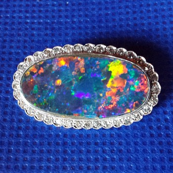 Antique Art Deco 18ct Plat Platinum? Opal & Diamond Brooch - Fine Jewelry