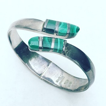Vintage Taxco Mexico Sterling Silver Bracelet w/ Malachite Stone inlay