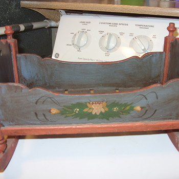 OLD DOLL CRADLE