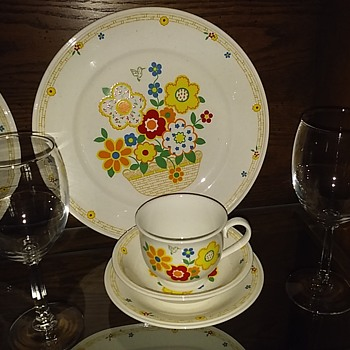 Grandmothers China...Japan...'Noritake'.... - China and Dinnerware