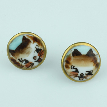 Oriental painted cat earrings
