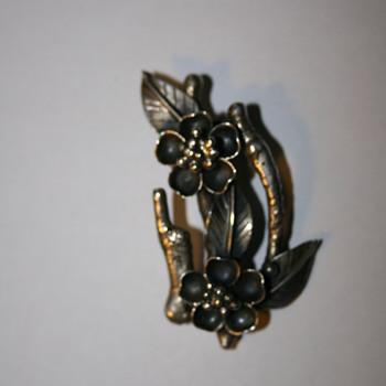 Eidelweiss Silver Brooch OROZ