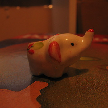 Tiny elephant candle