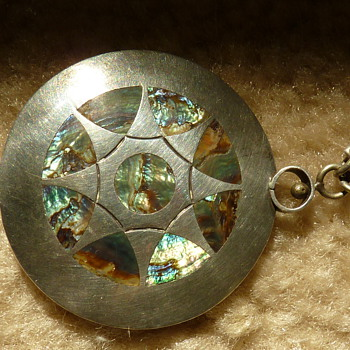 Native American  or  Mexican silver and Abalone - Fine Jewelry