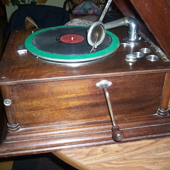Antique Columbia Grafonola - Records