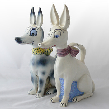 "Art Deco ""botijos"" in the shape of the Xaudaró dog. Ca. 1930 - Art Pottery"