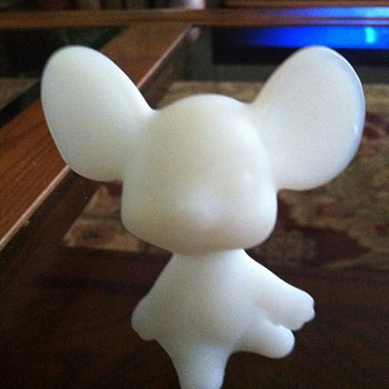 Fenton Mouse - Art Glass