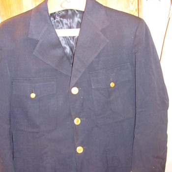 WWII clothing found in old trunks - Military and Wartime