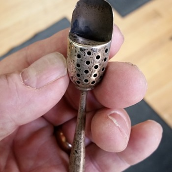 Sterling salt shaker spoon - not able to identify age or maker - Sterling Silver