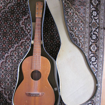 California acoustic guitar - Guitars