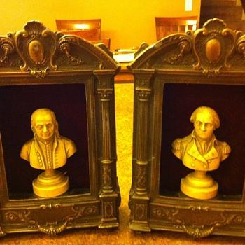 Bronze figurines - Figurines