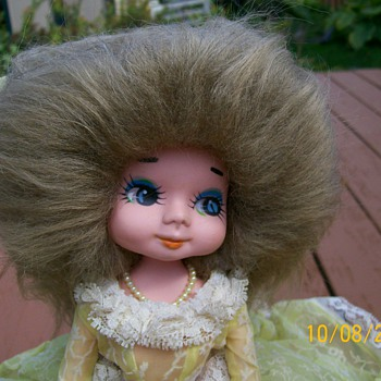 I found a Doll with same hair as me lol