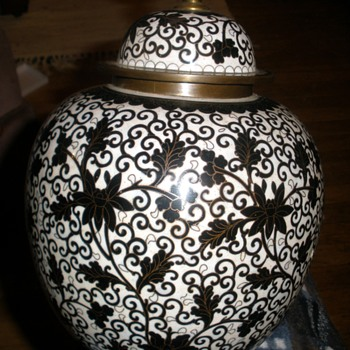 Spectacular Black & White Chinese Export Brass Walled Enamel Cloisonne Ginger Jar PAIR - Asian