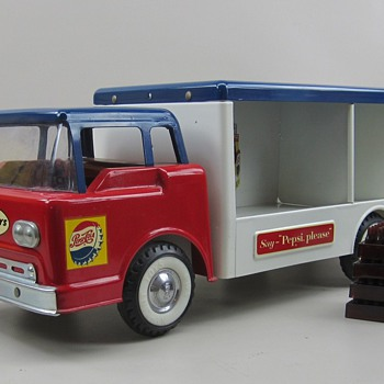 Ford Cab Over Nylint Pepsi Truck - Model Cars