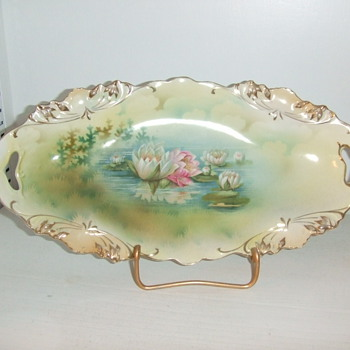 RS Prussia Reflecting water lillies tray