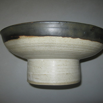 Stoneware bowl - Art Pottery