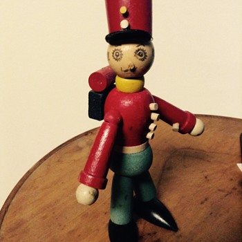Wooden Foreign Legion(?) doll