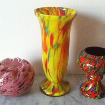 3 further unknown spatters - Art Glass