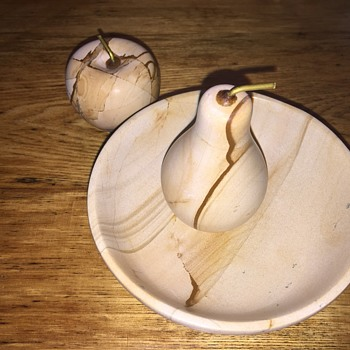 Stone? Fruit and bowl - Kitchen