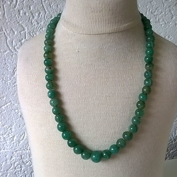 Green Onyx (?) Strung Necklace w/ Sterling Clasp Antique Market Find $3.00