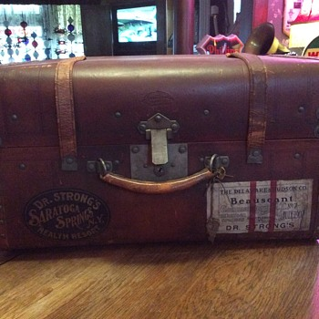 1890's Old trunk from The Henderson Ames Co.  Kalamazoo, Mich.  - Furniture