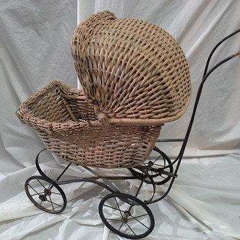 Doll buggy Wicker Metal wheels