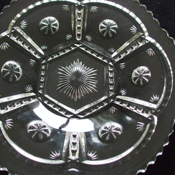 Pressed Glass/Crystal CAKE PLATE pattern by Tarentum Glass - Glassware