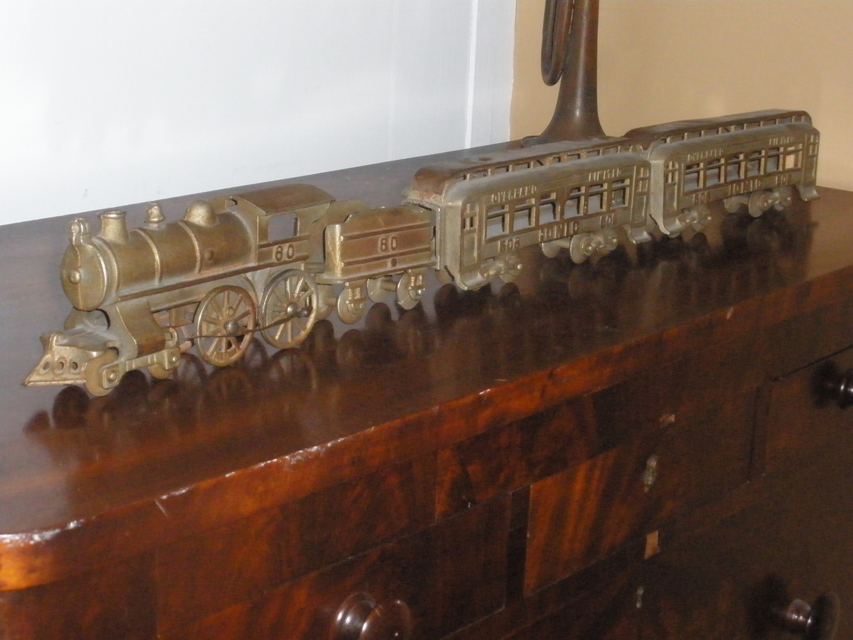 Nycrr Cast Iron Train: My Cast Iron Train NEED INFO