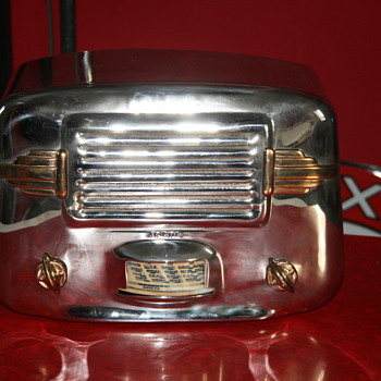 Ariane chromed radio
