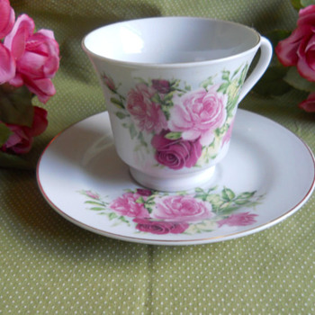 Rose Tea Cup and Saucer Set. - China and Dinnerware